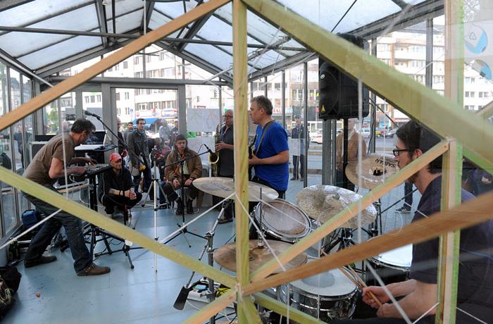 tourette live glashaus duesseldorf